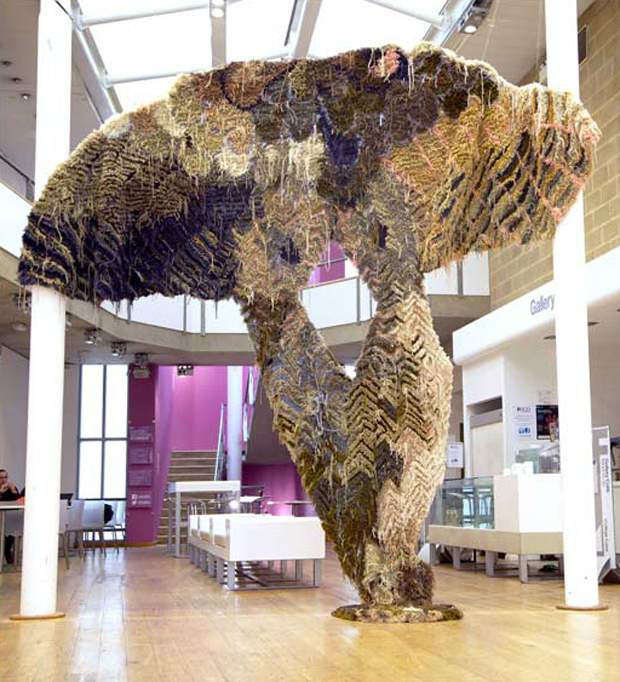 Birdsssss (2013) installation view, Art & Design Gallery, Hertfordshire (Hatfield), handtufted wool